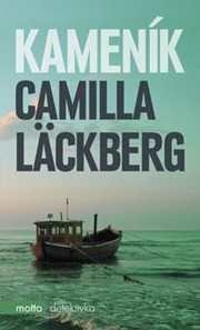 Při lovu humrů u pobřeží švédského letoviska Fjällbaca objeví místní rybář tělo utopené holčičky. Při pitvě vyjde najevo, že nešlo o nešťastnou náhodu, ale o vraždu. Román od švédské královny detektivek, napínavý od první do poslední stránky. Evropský bestseller. Na scéně se opět objevuje spisovatelka Erica Falcková a detektiv Patrik Hedström - společně pátrají po pedofilovi, který utopil malou dívenku, a poté hodil její tělo do moře.